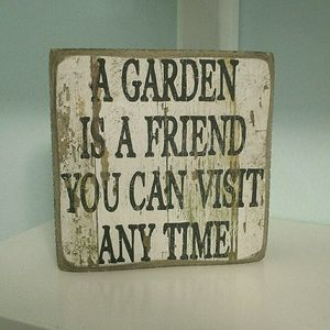 Kohl's Vintage Wooden Garden Quote